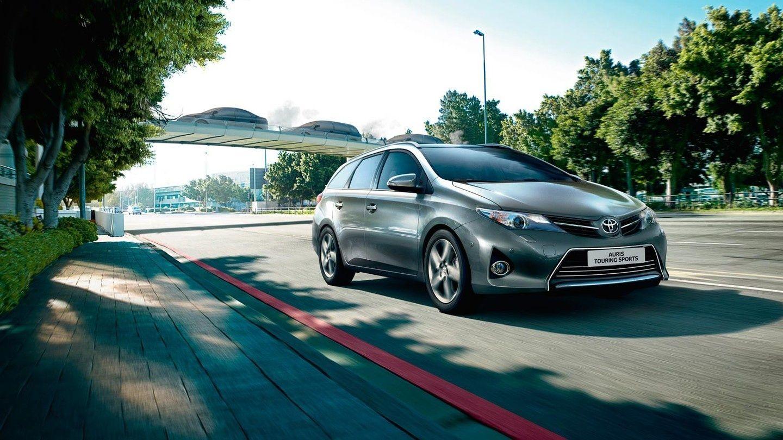 Toyota Auris Hybrid - цены, отзывы, характеристики Auris ...