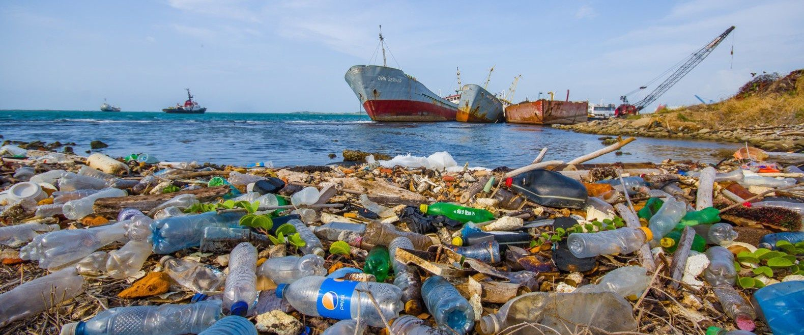 plastic-trash-in-oceans-and-waterways-1580x658